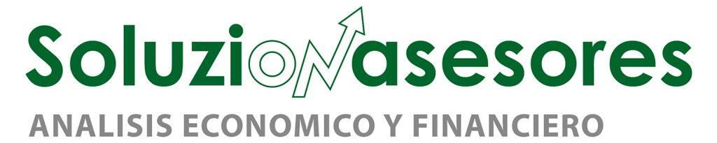 Logotipo Soluzionasesores sobre fondo blanco